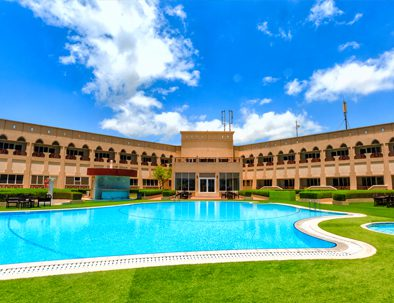 Outdoor swimming pool and temperature controlled Jacuzzi